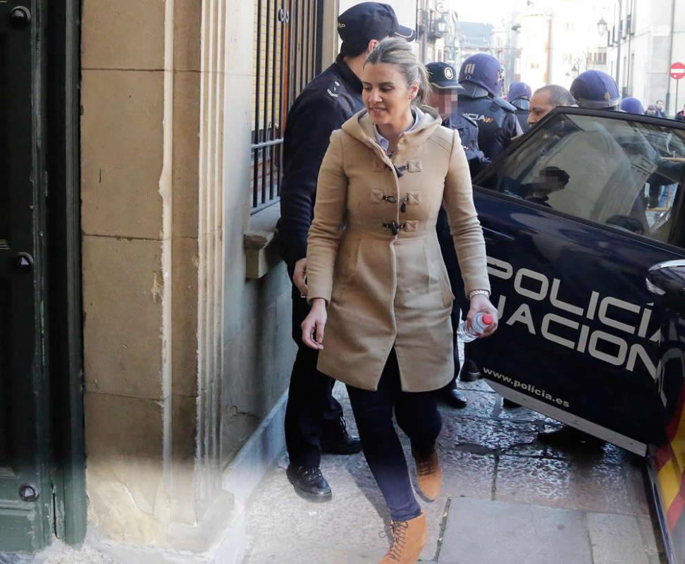 El Tribunal Supremo confirma la absolución de la viuda del boxeador Roberto Larralde y condena a su pareja