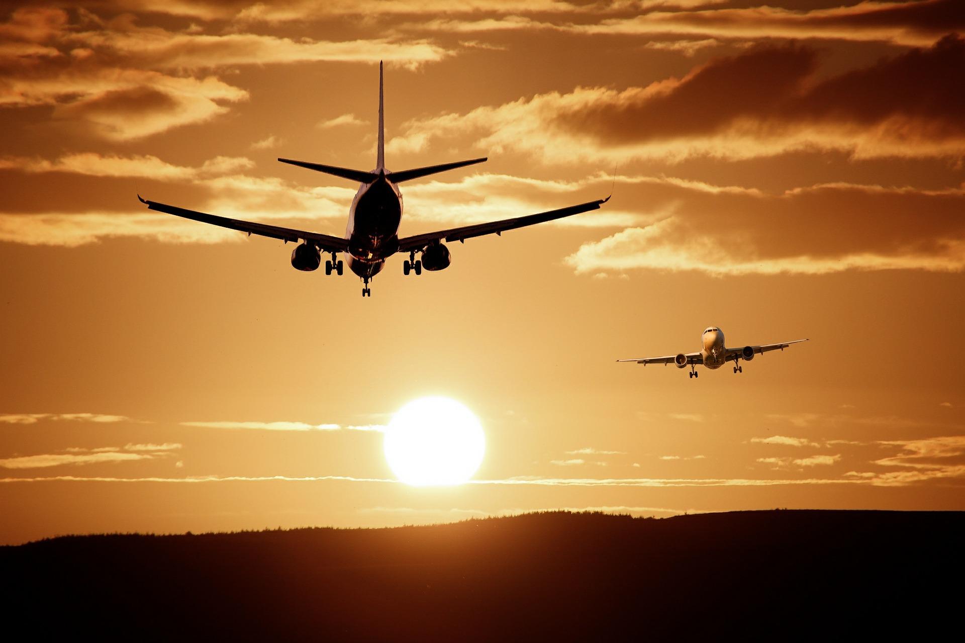 Una aerolínea es condenada por rechazar injustificadamente la reducción de jornada de una azafata para cuidar a su hija