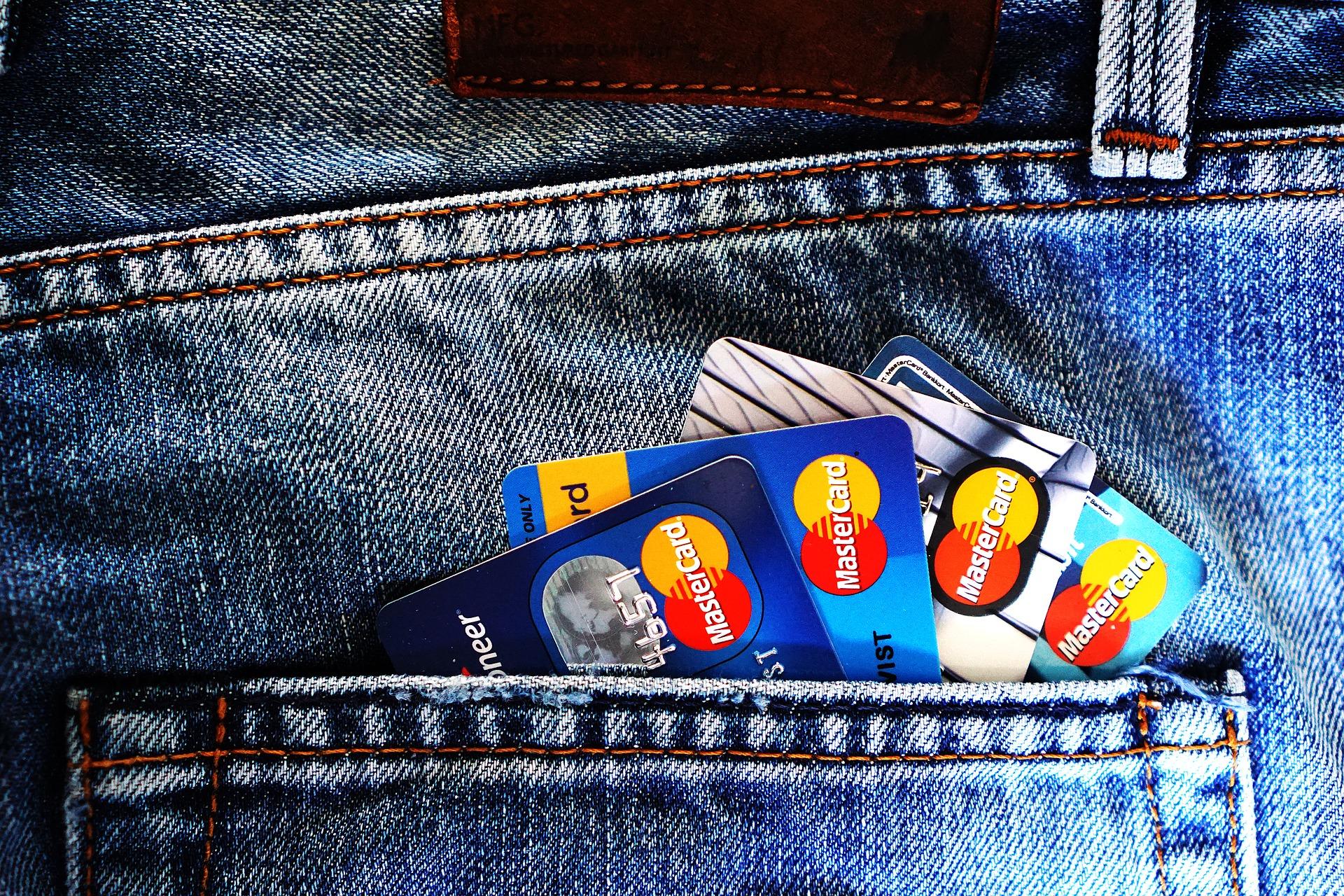 Tarjetas revolving – Tarjetas de Crédito – Préstamos de Consumo: cuidado con esto